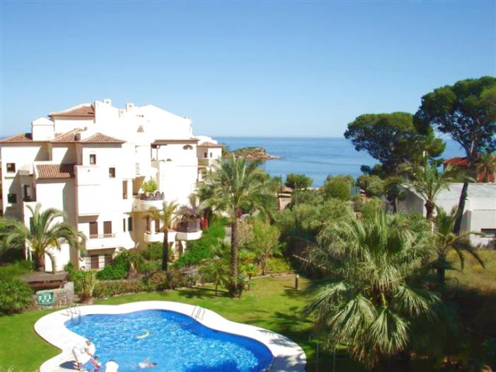 Apartment for rent in villa gadea with  two bedrooms and sea views