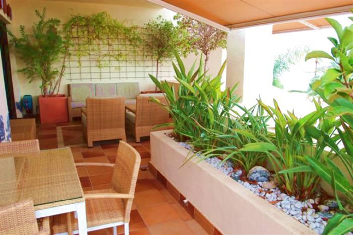 Grosse penthouse duplex wohnung mit 3 schlafzimmer in der luxusanlage villa gadea